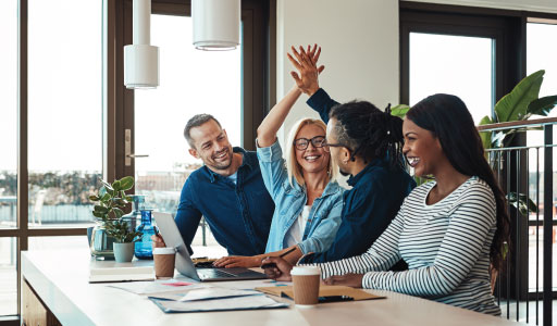 5 Things to Consider When Choosing an Employee Recognition Program